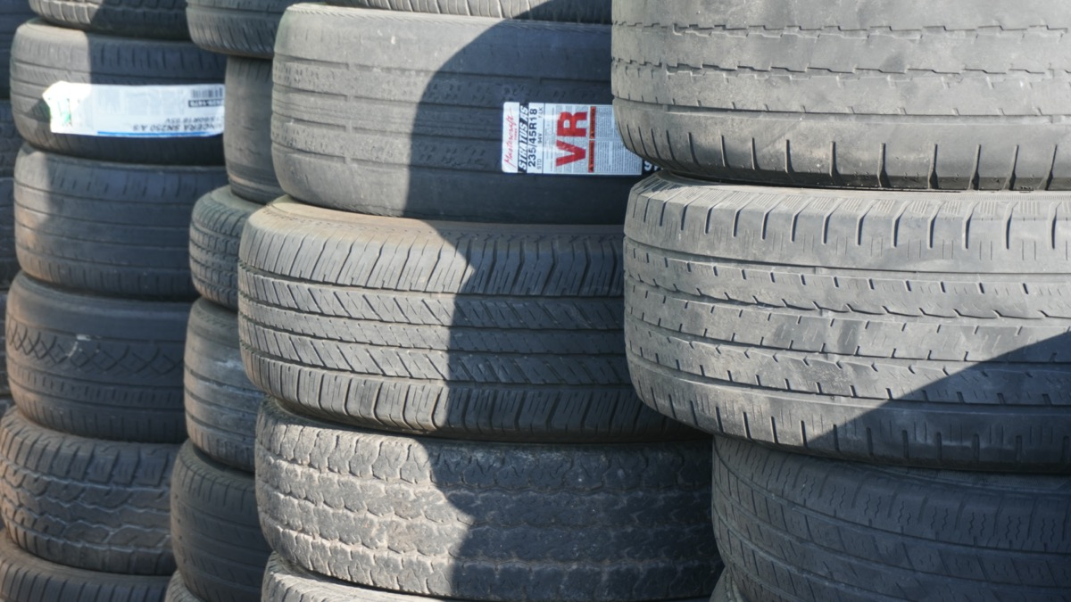Rio Grande Automotive sells and installs tires
